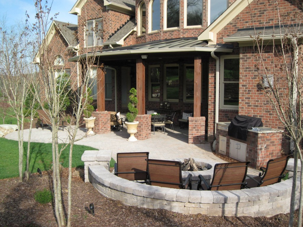 Outdoor living area